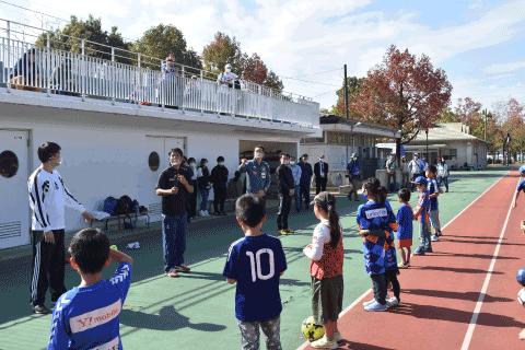 聴覚障害について、日本ろう者サッカー協会の皆さんや、久住呂さんよりお話を聞きました