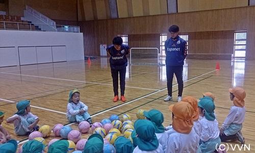 【KIDS巡回】長崎県サッカー協会とV・ファーレン長崎による協働事業(12/9) サムネイル