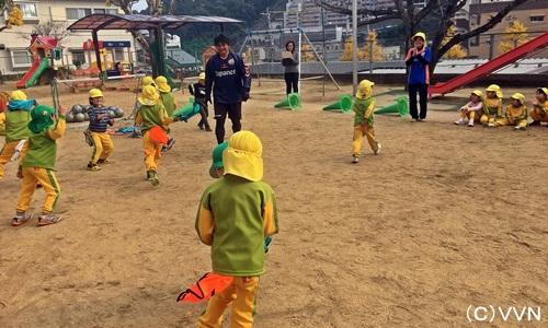 【KIDS巡回】長崎県サッカー協会とV・ファーレン長崎による協働事業(12/8) サムネイル