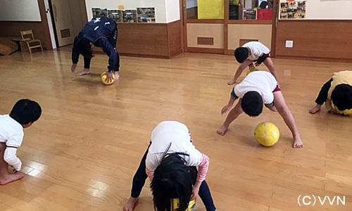 【KIDS巡回】長崎県サッカー協会とV・ファーレン長崎による協働事業(1/31) サムネイル