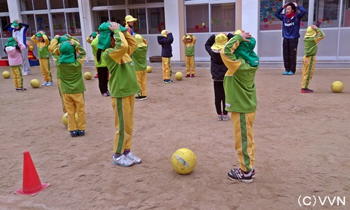【KIDS巡回】長崎県サッカー協会とV・ファーレン長崎による協働事業(1/19) サムネイル