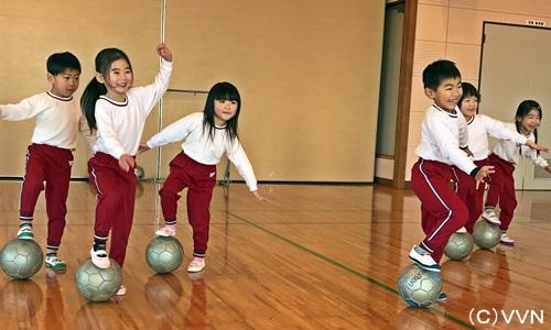 【KIDS巡回】長崎県サッカー協会とV・ファーレン長崎による協働事業(2/13) サムネイル
