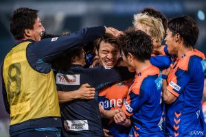 第2節 湘南ベルマーレ<JリーグYBC Levain cup GS> サムネイル