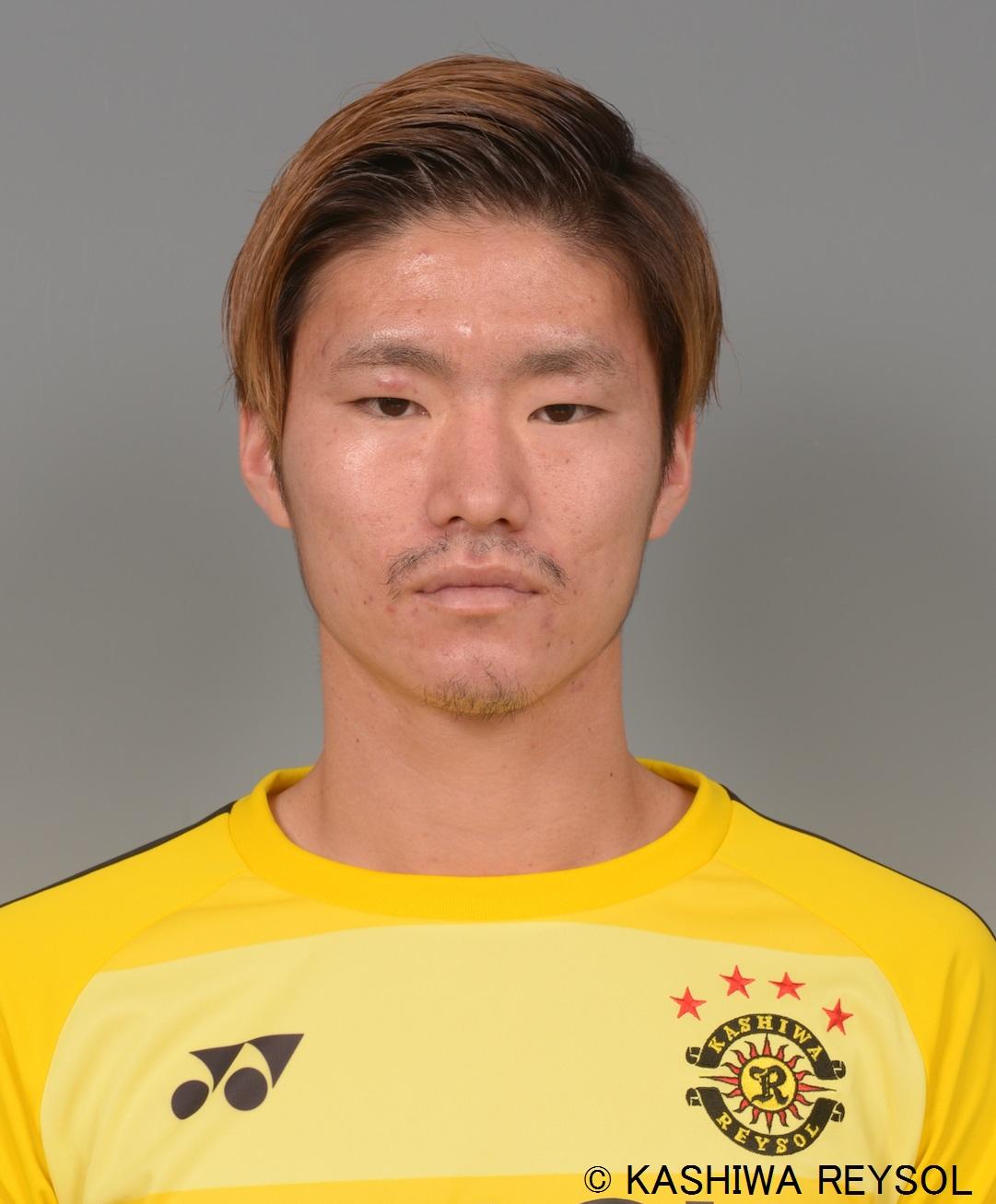 亀川 諒史選手 完全移籍加入のお知らせ サムネイル
